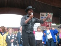 Entertainer Lloyd Marcus at the Bloomington, IN Tea Party Express (Photo credit: Dr. Theo)