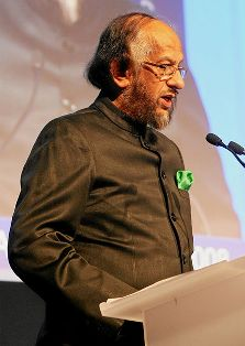 Rajendra K. Pachauri, Chairman, Intergovernmental Panel on Climate Change (IPCC), Geneva, captured during the 'Opening Remarks' at the Annual Meeting 2008 of the World Economic Forum in Davos, Switzerland, January 23, 2008.