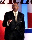 Should Michael Steele stay as RNC chairman?